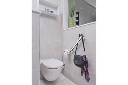 Barre d'appui et de relevage multifonctions pour WC